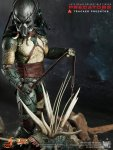 Predators - Tracker Predator Collectible Figure with Hound 03