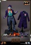 DX08 - Batman - 1-6th scale Joker Collectible Figure 16