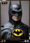 DX09 - Batman - 1-6th scale Batman Collectible Figure 06