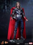 The Avengers - Thor Limited Edition Collectible Figurine 01