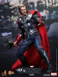The Avengers - Thor Limited Edition Collectible Figurine 05