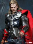 The Avengers - Thor Limited Edition Collectible Figurine 07