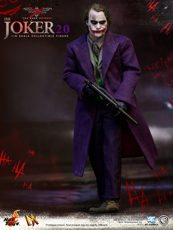 DX Series - The Dark Knight - The Joker 2.0 Collectible Figure - 03