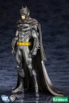 DC Comics Batman New 52 Justice League ARTFX+ Statue 02