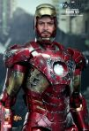 The Avengers - Battle Damaged Mark VII (Movie Promo Edition) 08