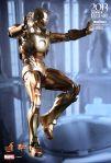 Iron Man 3 - 1-6th scale Midas (Mark XXI) Collectible Figure 01
