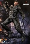 Man of Steel - 1-6th scale General Zod Collectible Figure 12