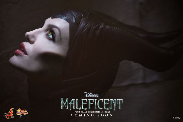 Hot Toys Maleficent Preview