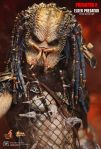 Predator 2 - 1-6th scale Elder Predator Collectible Figure 15